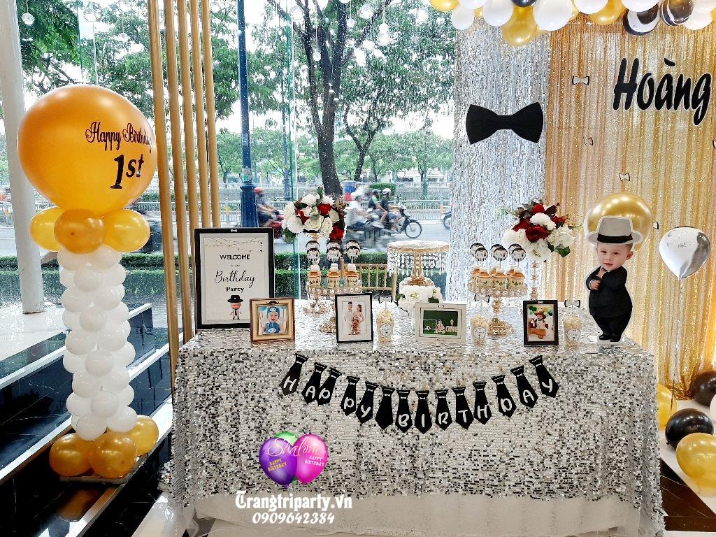 bàn gallery sinh nhật 1